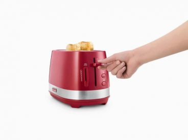 DELONGHI TOASTER ACTIVE RED