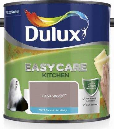 DLX KITCHEN HEART WOOD