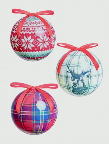 BAUBLES DEER AND PLAID